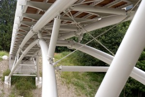 Struttura ponte ciclo-pedonale