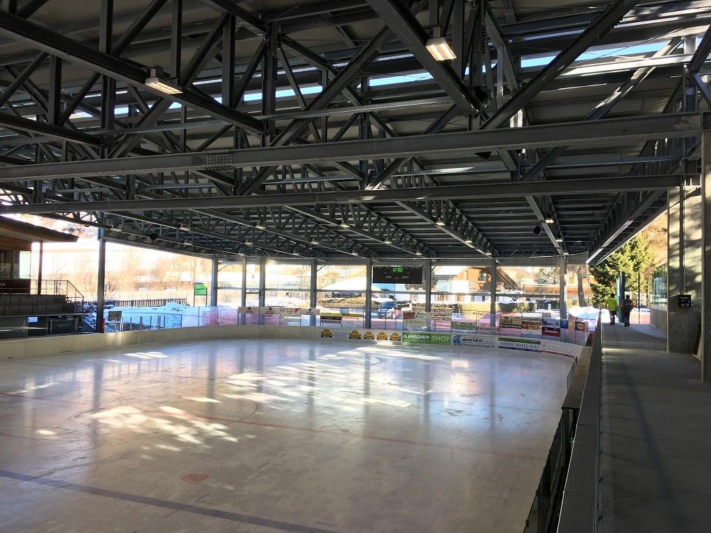 Stadio del Ghiaccio Dobbiaco (10)-1